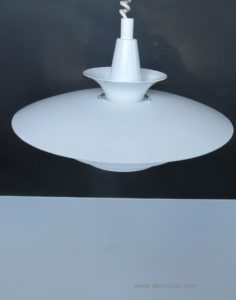 abo randers white hanging light