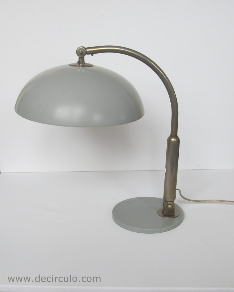 Hala Desk lamp Model 144 designed Busquet, famous design table light from The Netherlands