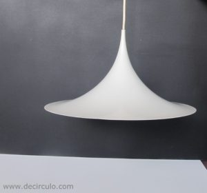 small semi white pendant fog&morup