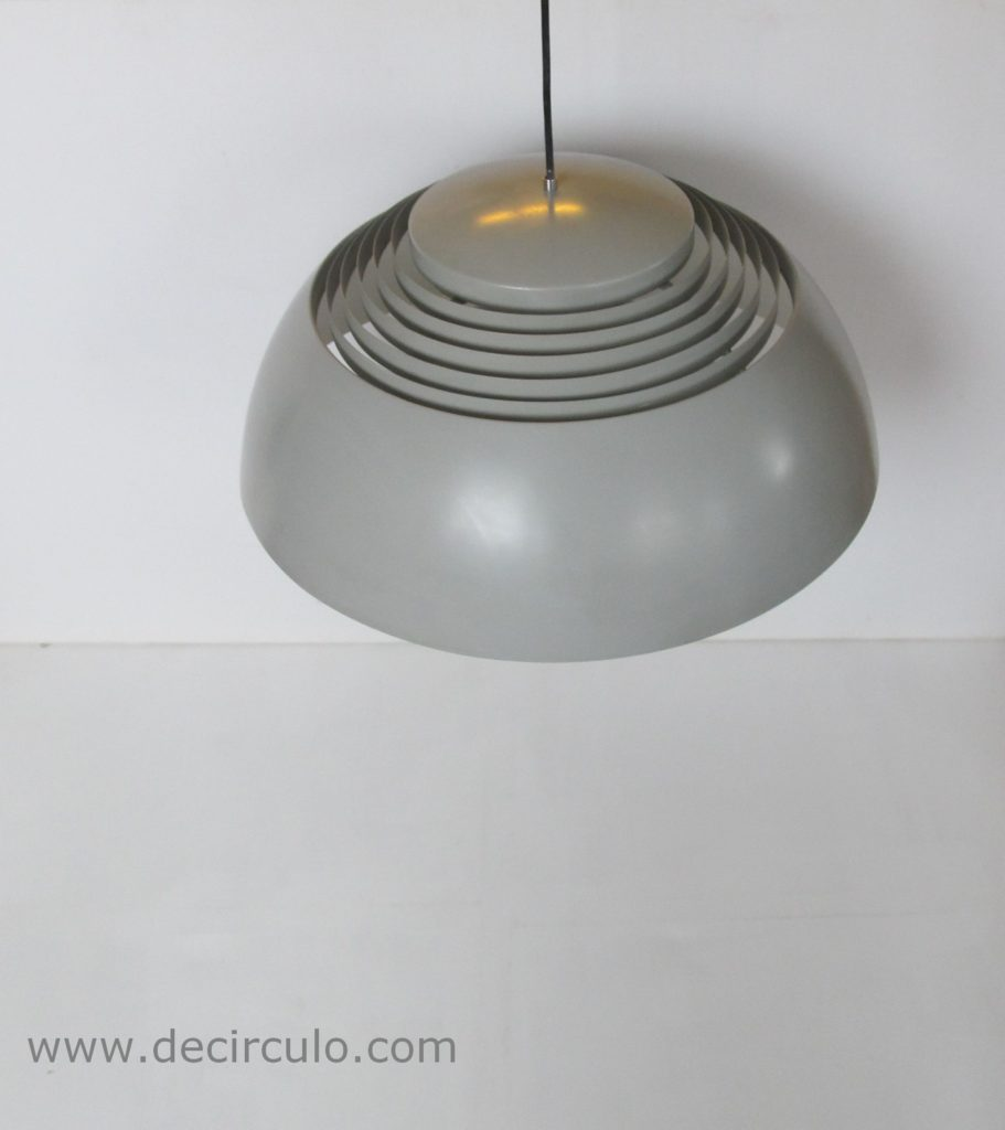arne jacobsen aj royal Sas copenhagen ceiling light gray