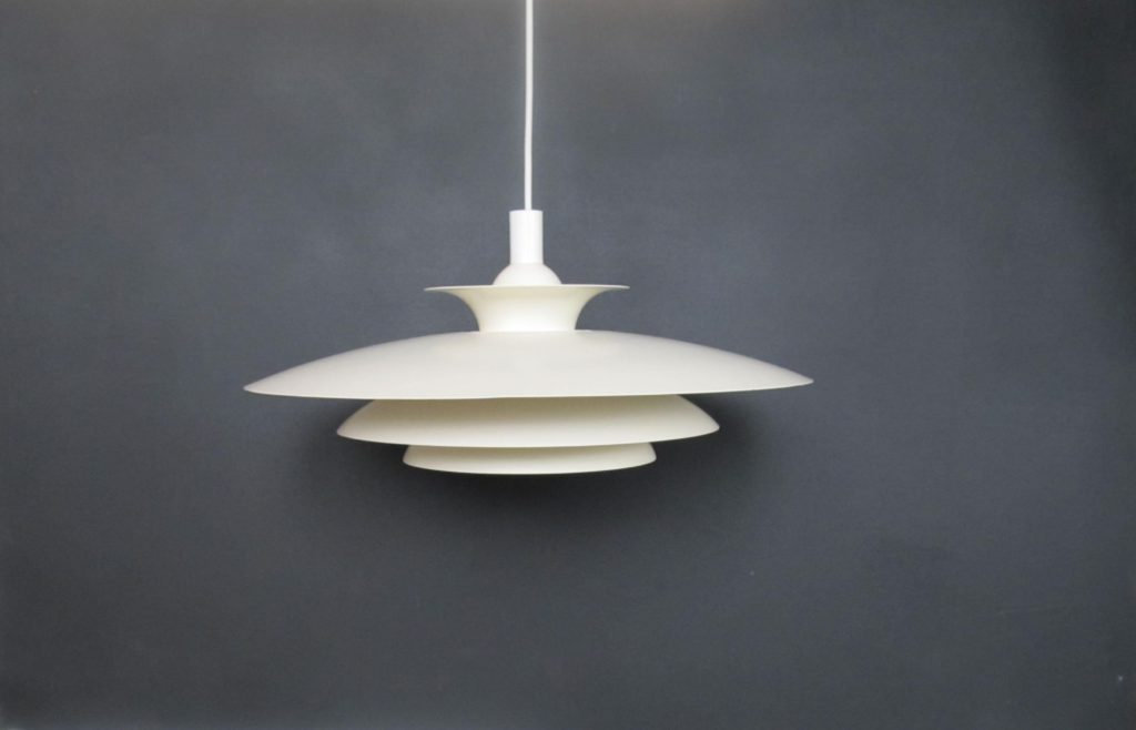 white pendant light poulsen henningsen ph5 look a like