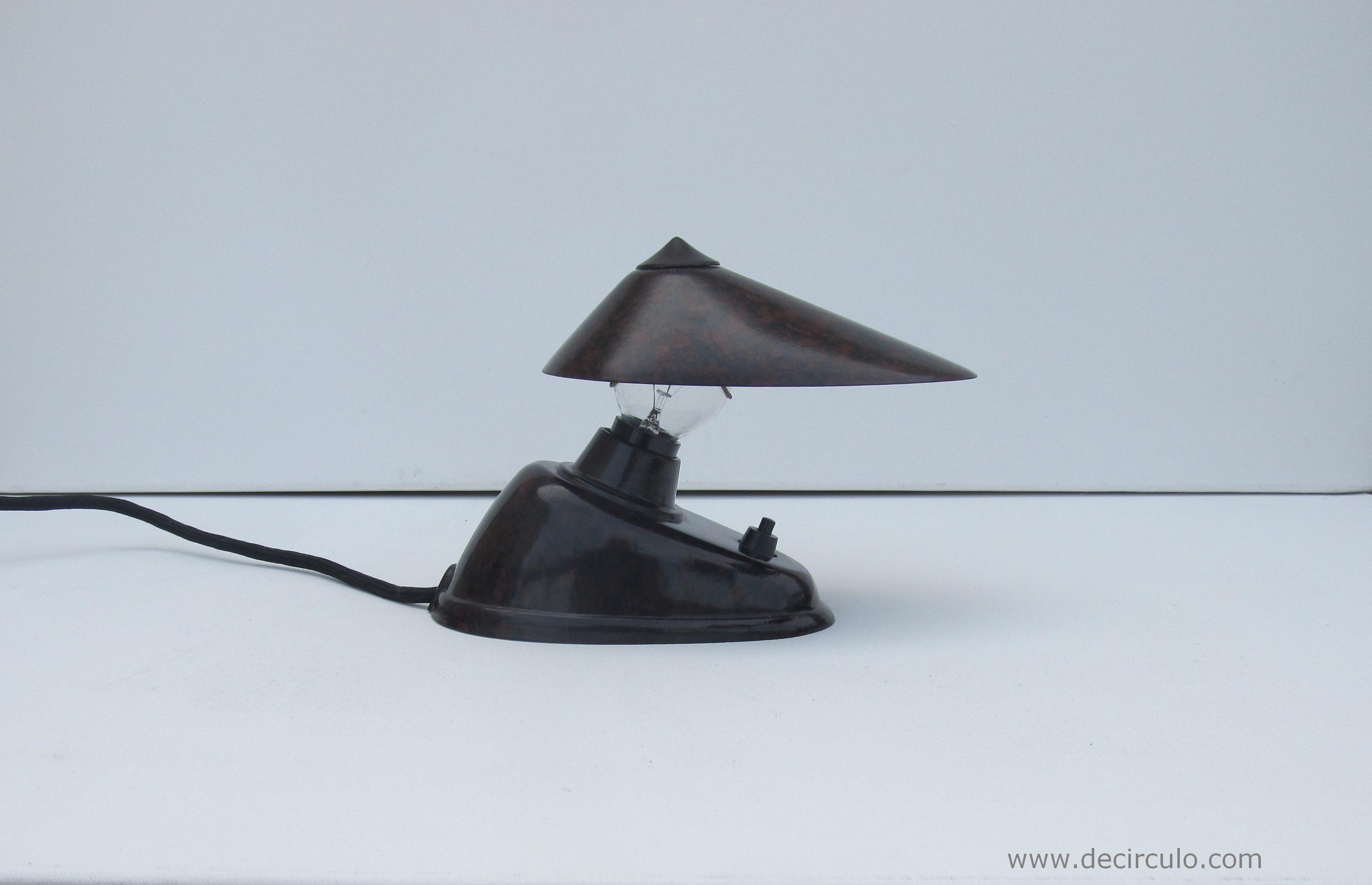 ESC Bauhaus Czechoslovakia 11641 Ek Cole Bakelite Lamp