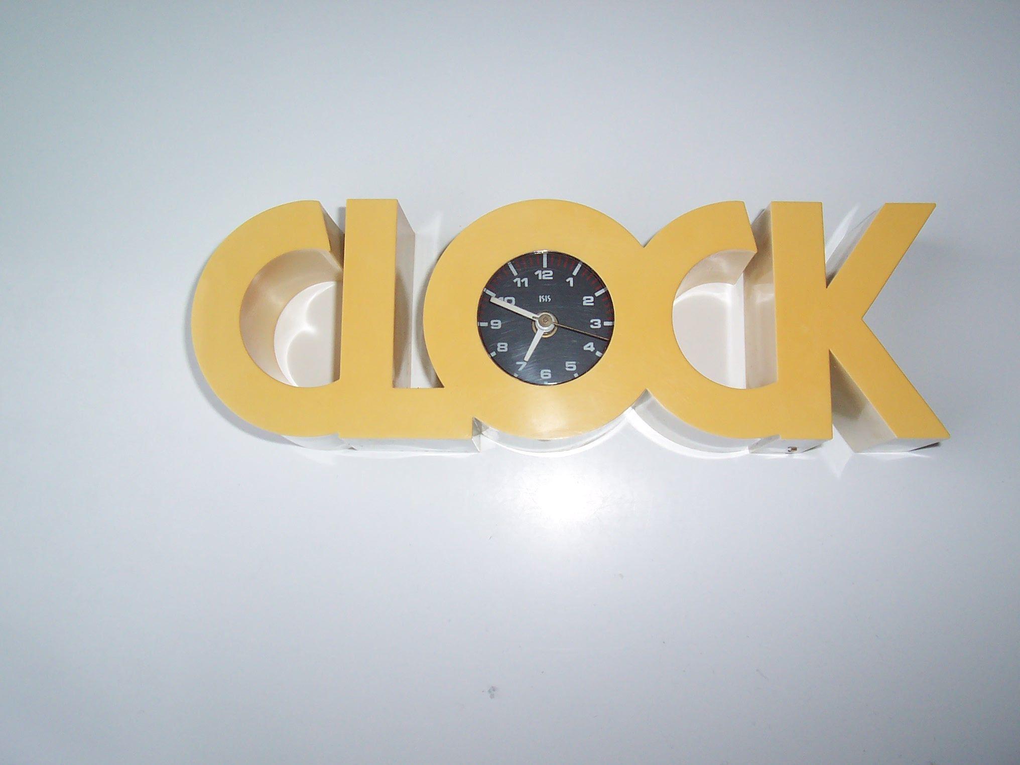 Clock Isis 03