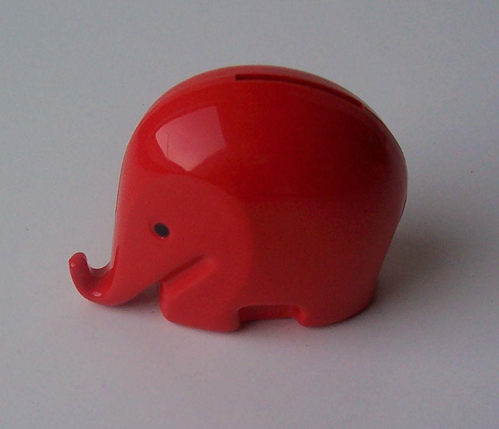 Colani Elephant Red 01