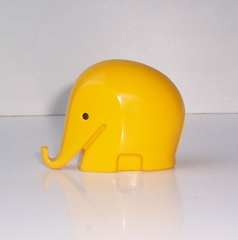 Colani Elephant Yellow 01