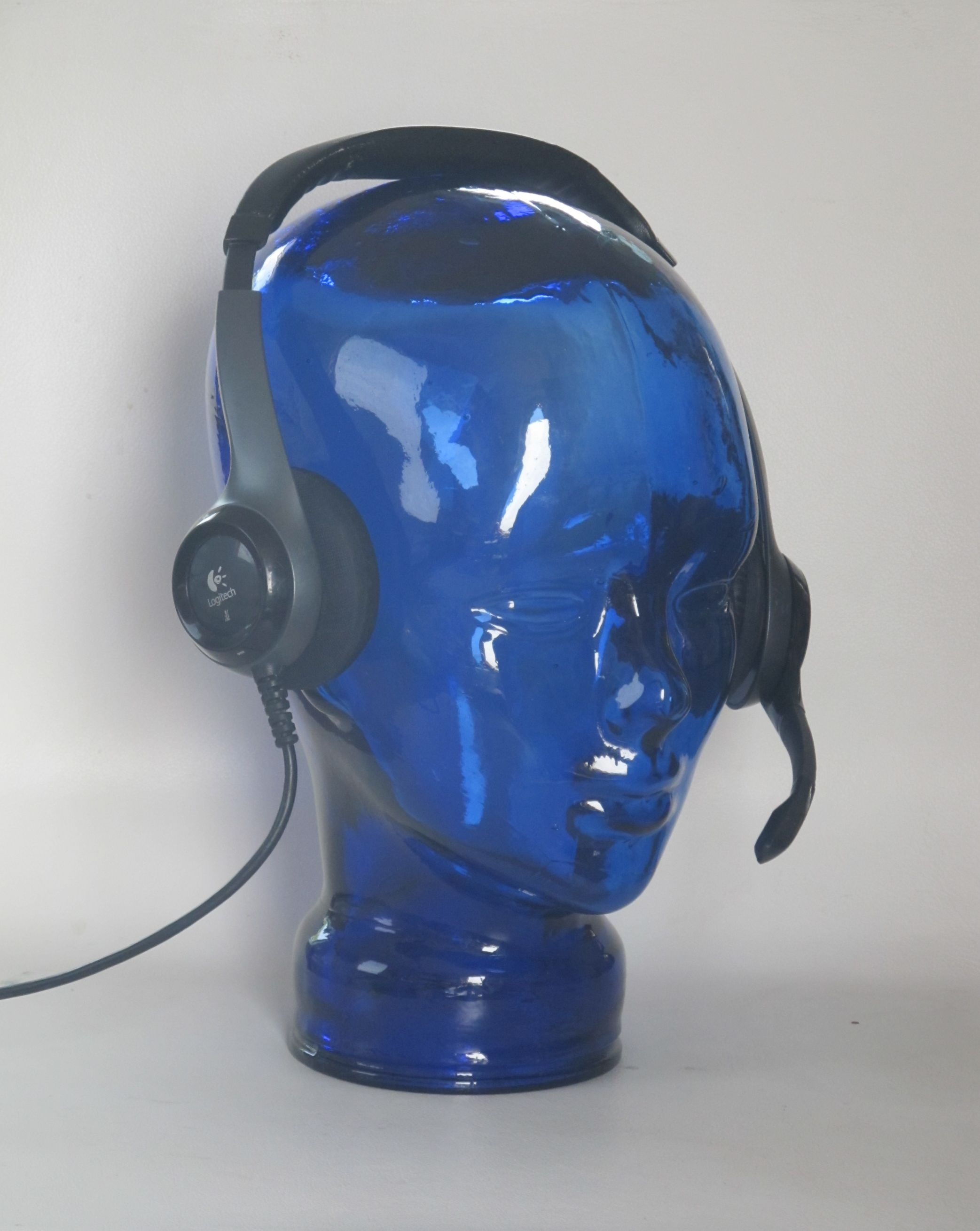 Glass Blue Head Headphones Holder