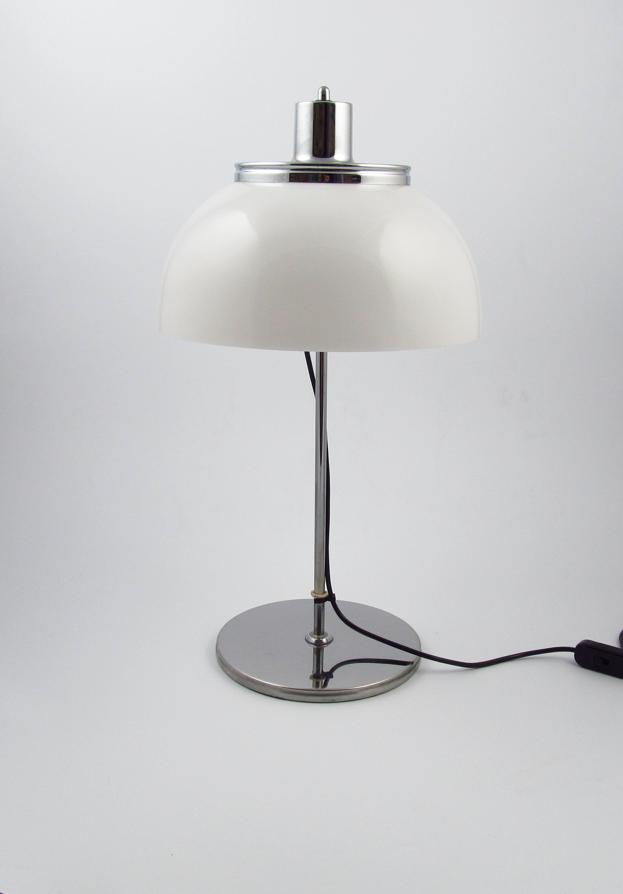 Guzzini Table Lamp White Chrome