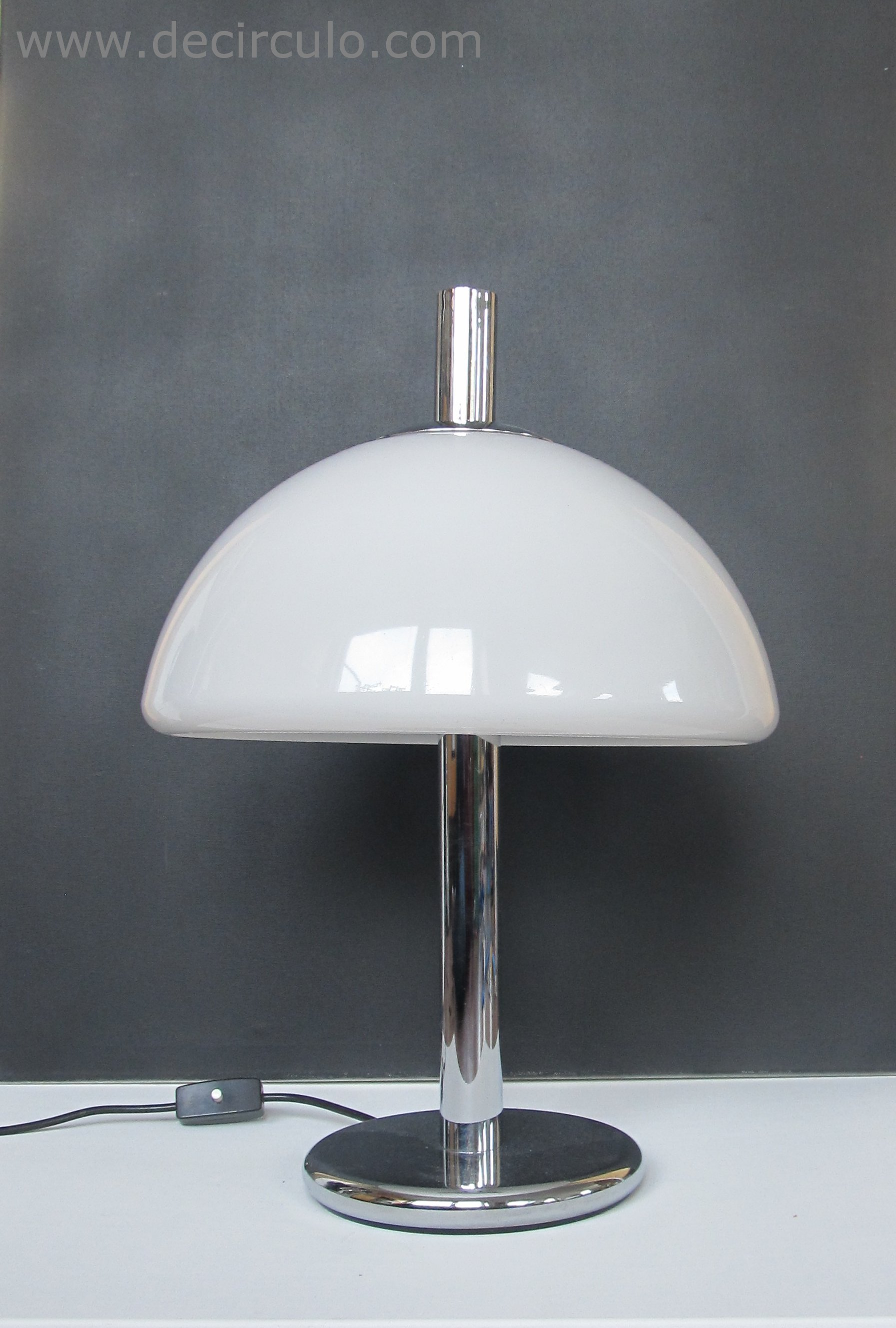 Hillebrand Desk Lamp White
