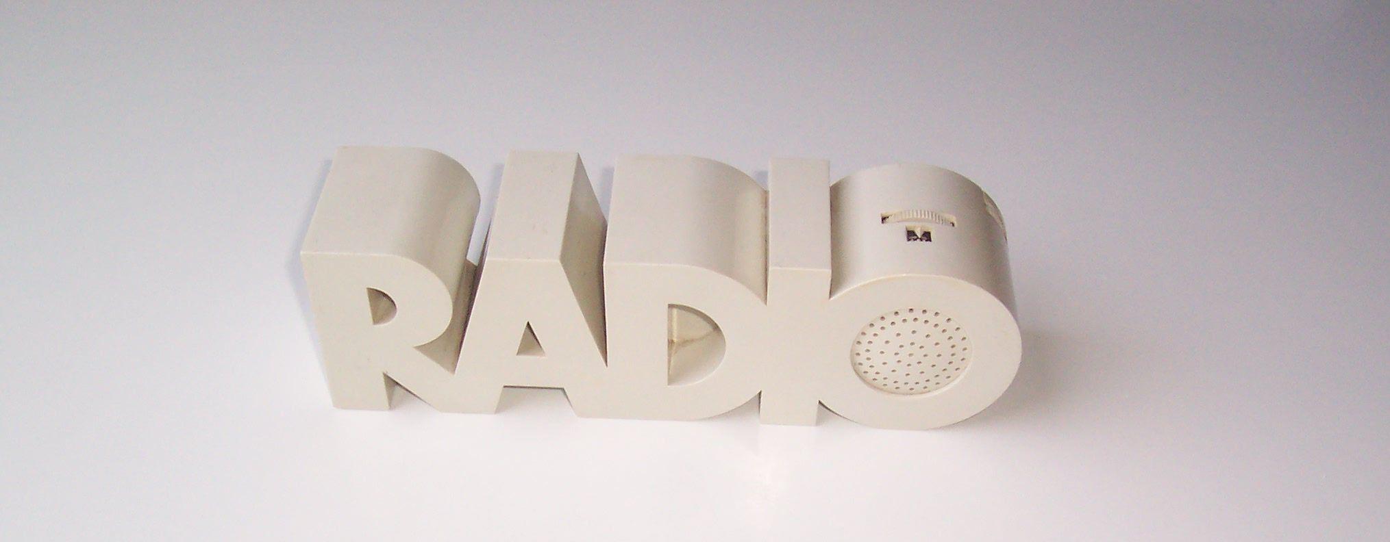 Isis Radio 02